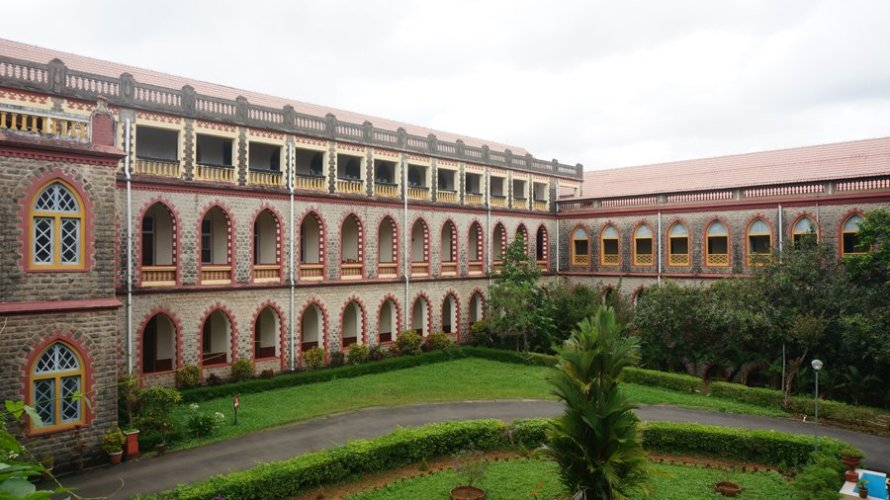 Mangalapuzha Seminary