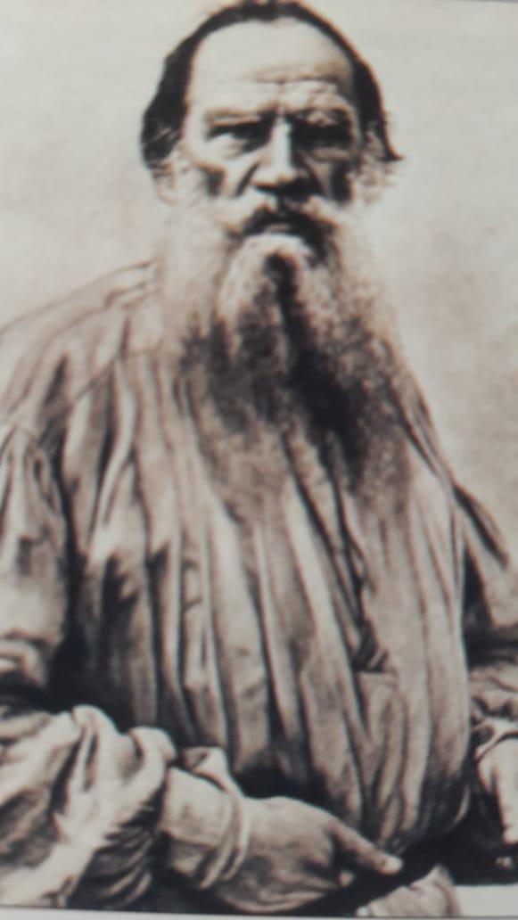 ലിയോ ടോൾസ്റ്റോയ് (1828-1910)